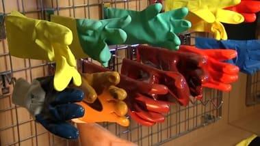 резиновые перчатки для уборки