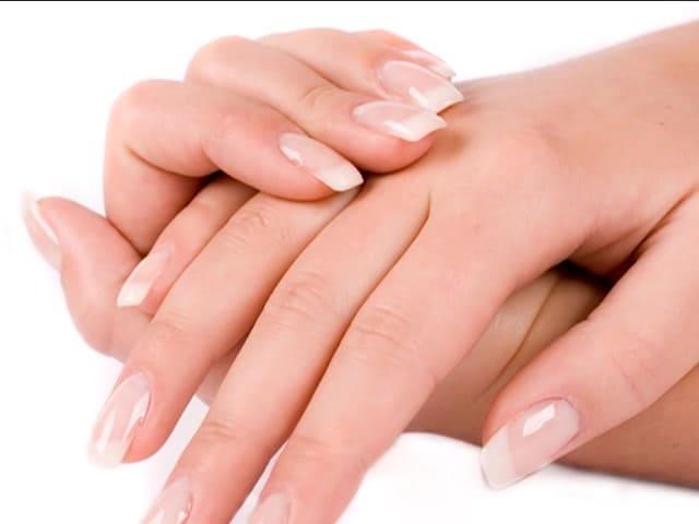 Как выбрать лучший крем для рук для очень сухой кожи, зимой, топ-10 кремов, советы косметологов