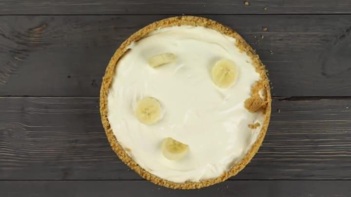 торт из печенья с бананом без выпечки