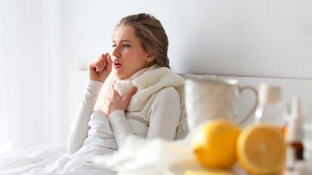 Лучшие лекарства от кашля взрослым Рейтинг аптечных препаратов для отхождения мокроты, при сухом и влажном кашле