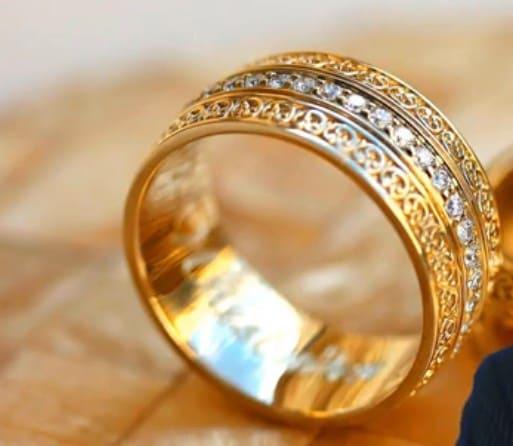 Червонное золото: что это такое, какая проба и сколько золота в таких украшениях и почему червонное это не чистое золото