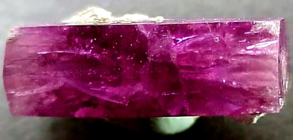 берилл камень фото
