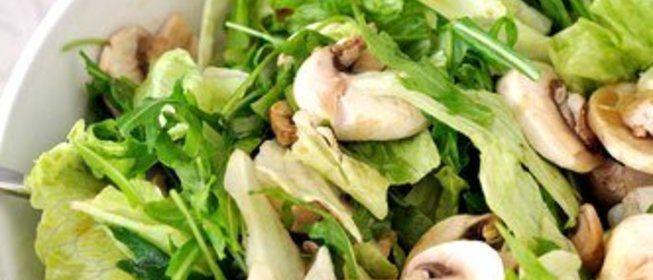 Салат латук Что это такое Польза и вред для организма Состав и калорийность Уникальные рецепты с латуком для похудения
